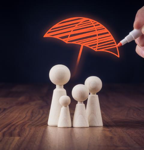 אופיר רון - מטריה ביטוחית